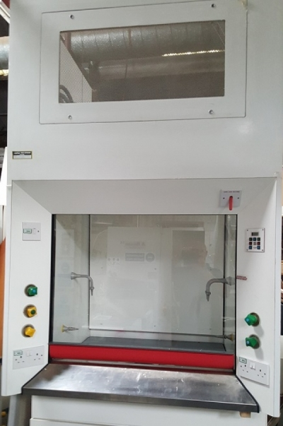 1200 Wide Refurbished HFH Fume Cupboard